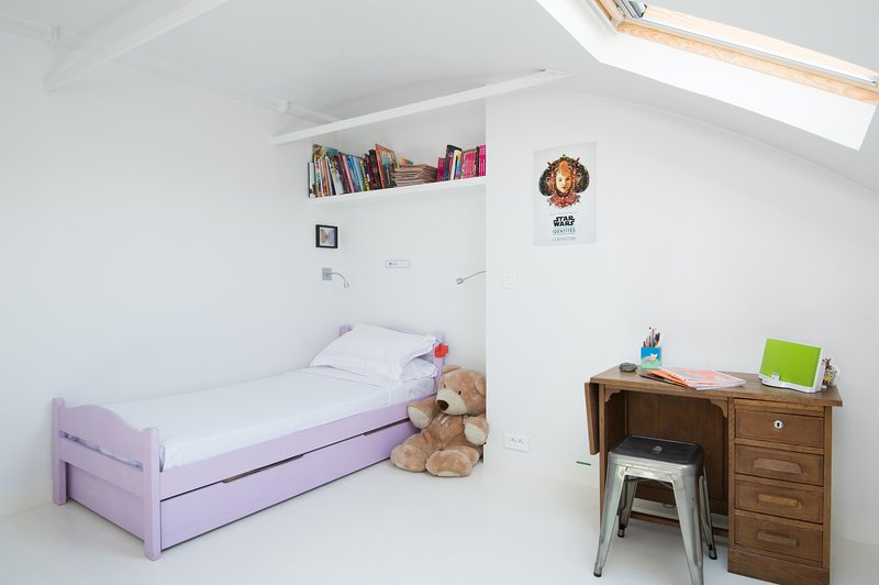 onefinestay - Rue la Bruyère II private home - Image 1 - Paris - rentals
