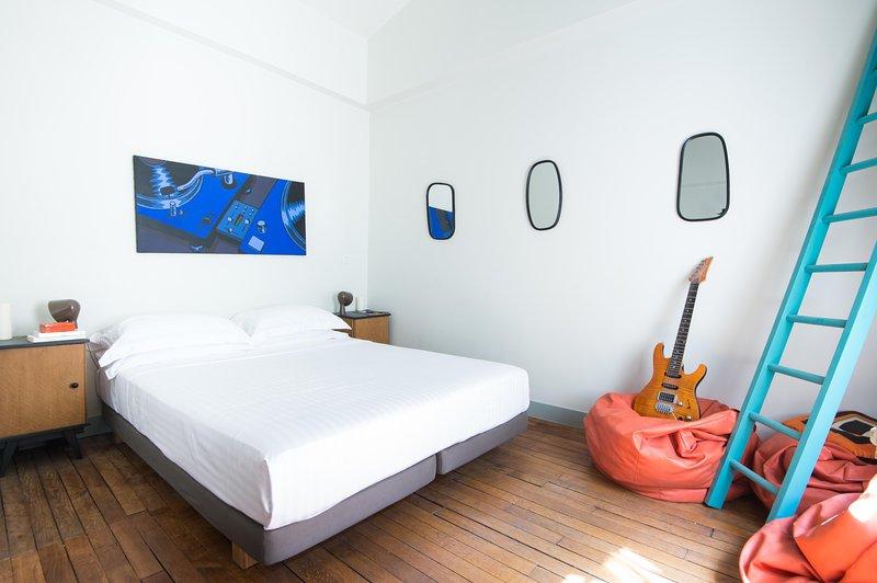 onefinestay - Rue le Verrier private home - Image 1 - Paris - rentals