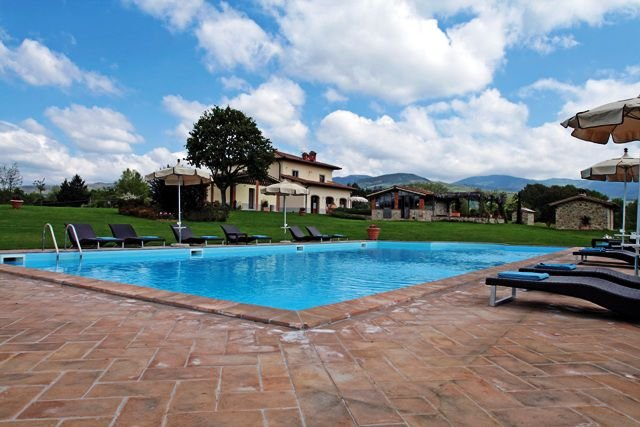Villa Lakeside - Image 1 - Poppi - rentals