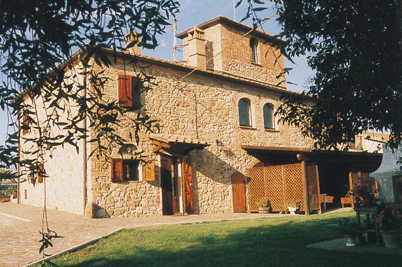 One Bedroom Ground Floor Apartment San Gimignano - Image 1 - San Gimignano - rentals