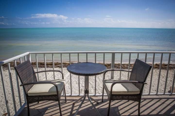 **Winter Promo** Rare Ocean Front Keys Home with Private Beach - Great for Kite Surfing! - Image 1 - Islamorada - rentals