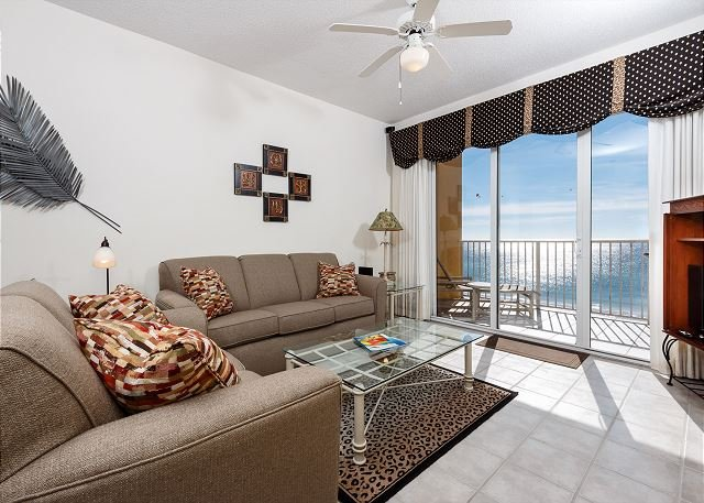 Living Room - GD 603: UPDATED IN 2016 , WIFI, FREE BEACH SERVICE, FREE GOLF! - Fort Walton Beach - rentals