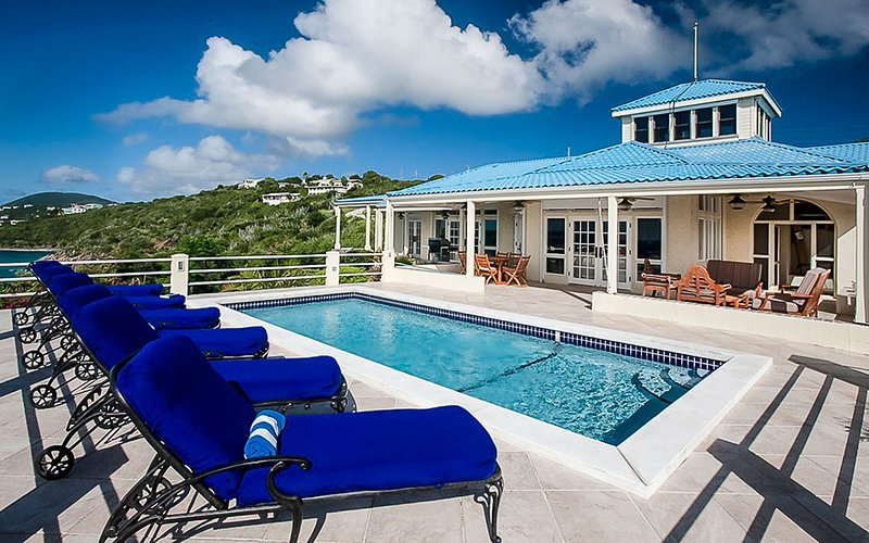 Blue Serenity, Sleeps 10 - Image 1 - East End - rentals