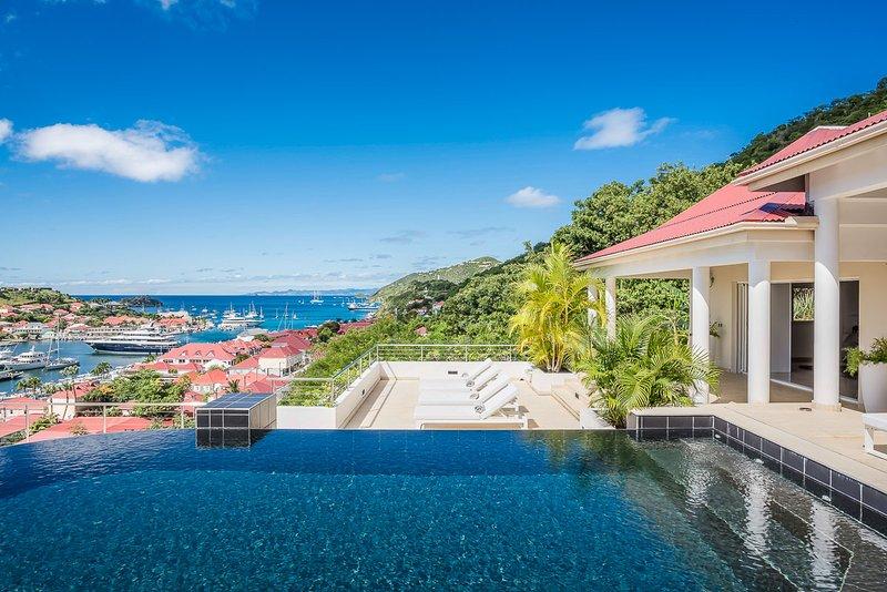 Prestige, Sleeps 6 - Image 1 - Gustavia - rentals