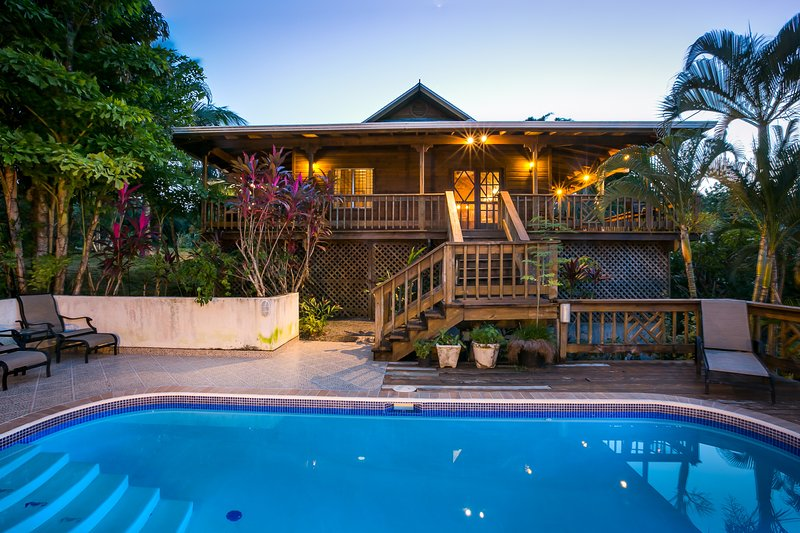 Casa Cervantes-sleeps 6 comfortably, 8 if you squeeze in on couches. - Topical Island Pool Home w/ Casita & 400 foot Dock - Sandy Bay - rentals
