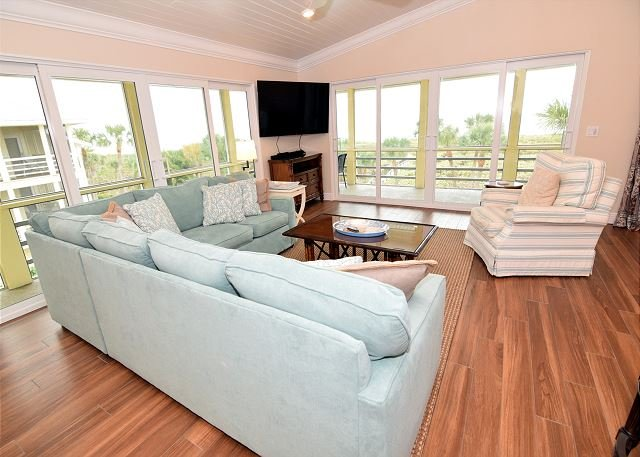 Living Room - Gulf front three bedroom, East End, condo - Sanibel Island - rentals