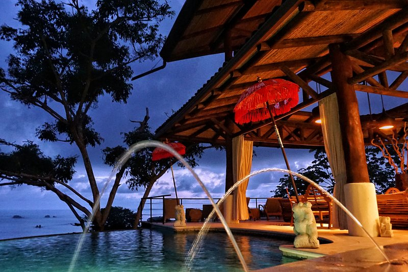 The Tree House New Constructed 4-bedroom Villa - Image 1 - Manuel Antonio National Park - rentals