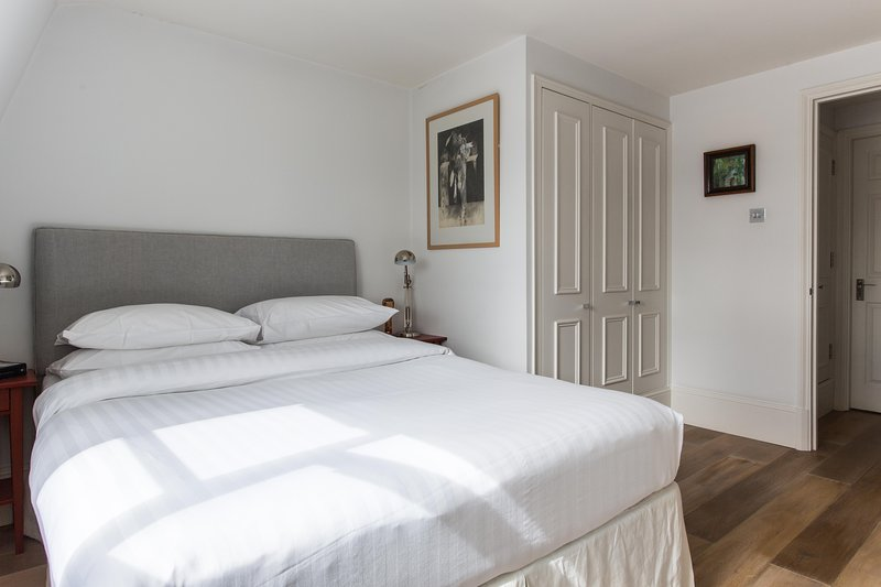 onefinestay - Gloucester Street VI private home - Image 1 - London - rentals