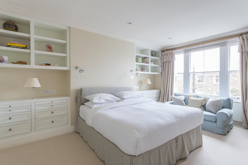 onefinestay - Palace Gardens Terrace IV private home - Image 1 - London - rentals