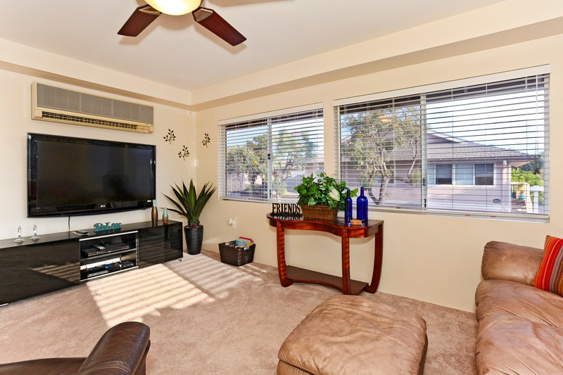 Comfy Living Room with a Large Flat Screen TV - Fairways at Ko Olina   1E - Kapolei - rentals