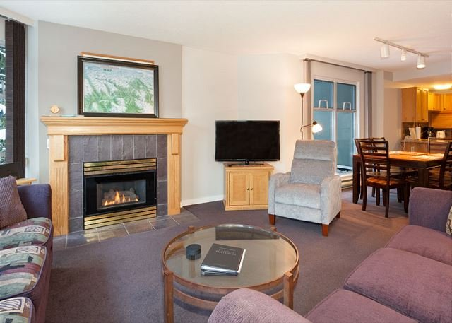 Woodrun Lodge 217 | Ski-in/Ski-out Condo, Fireplace, Common Hot Tub and Pool - Image 1 - Whistler - rentals