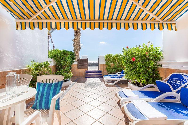 Villa 5 Parque Santiago 3 Luxury Seafront 3 Bed Villa in Parque Santiago III - Image 1 - Playa de las Americas - rentals