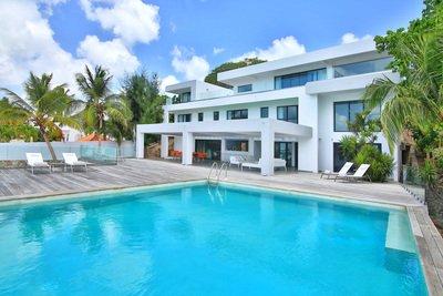 Gorgeous 5 Bedroom Villa in Simpson Bay - Image 1 - Mullet Bay - rentals
