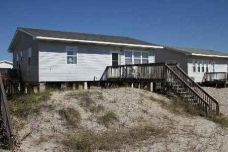 Pop's Place - Image 1 - Oak Island - rentals