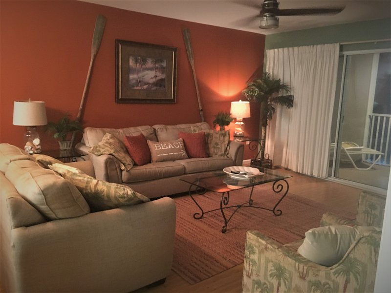 Living room - 2 BED/ 2 BA GULF VIEW!   NEWLY REMODELED - Miramar Beach - rentals