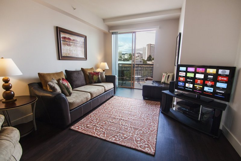 Furnished 2-Bedroom Apartment at Wilshire Blvd & Malcolm Ave Los Angeles - Image 1 - Westwood  Los Angeles County - rentals