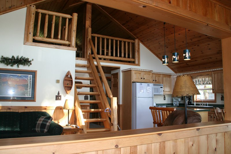 Carefree Creek Cabin inside - SPECTACULAR LITTLE ST.GERMAIN LAKE PARADISE ON WATERS EDGE-2 PRIVATE PIERS - Saint Germain - rentals