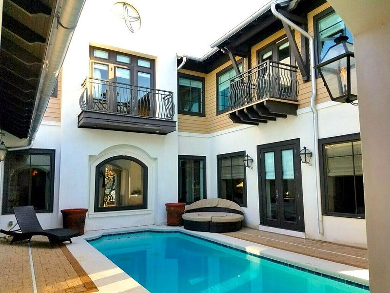 Starfish 6 Bedroom with a 30' x 20' Private Heated Pool with plenty of lounging area - STARFISH - Rosemary Beach - rentals