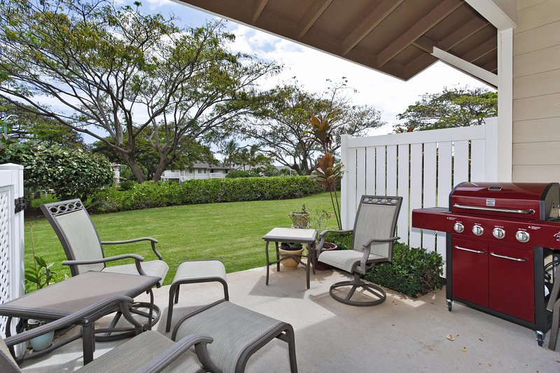 The Lanai and Backyard - Hillside Villas 1538-2 - Kapolei - rentals