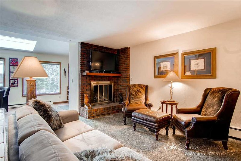 Sunset Townhomes 13 by Ski Country Resorts - Image 1 - Breckenridge - rentals