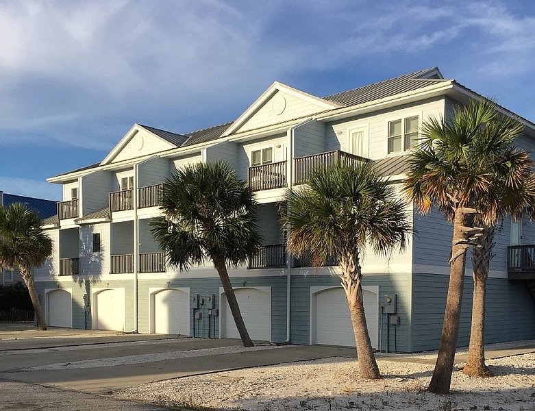 Second unit from right - private garage/driveway - LOW Rise Townhouse - POOL, water views & great reviews! - Perdido Key - rentals