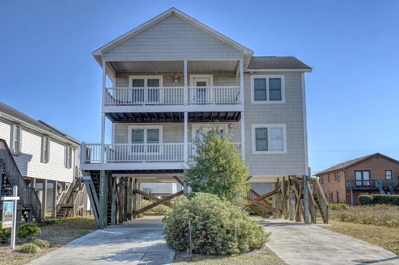 1312 N New River Dr  - N. New River Drive 1312 Oceanview! | Jacuzzi - Surf City - rentals