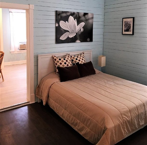 Studio Room Naples in Fort Myers - Image 1 - Fort Myers - rentals
