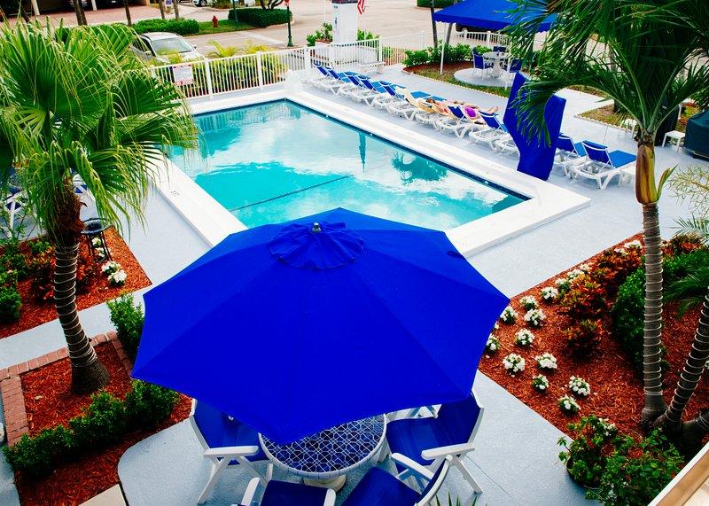 Sea Spray Inn Pool Side - Sea Spray Inn ! The little Inn with a BIG ❤️ - Lauderdale by the Sea - rentals