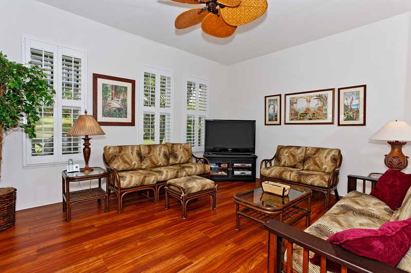 Spacious, Open Living Room - Coconut Plantation 1206-1 - Kapolei - rentals