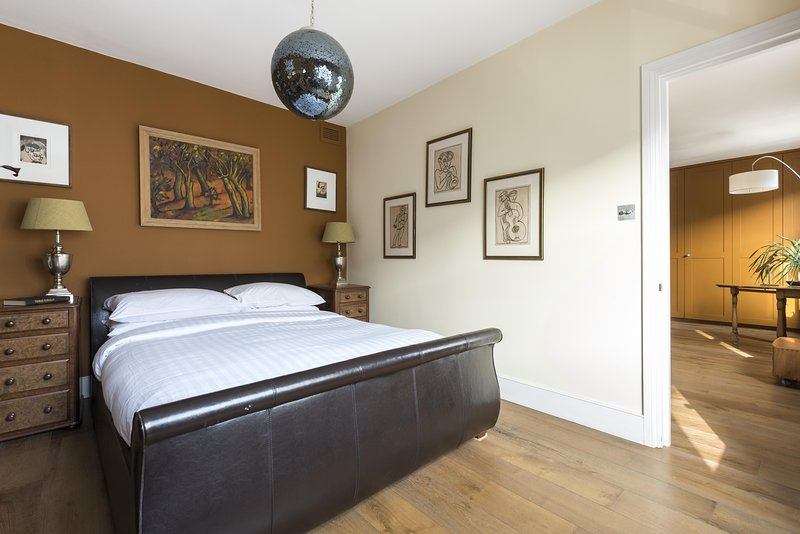 onefinestay - Leysfield Road private home - Image 1 - London - rentals