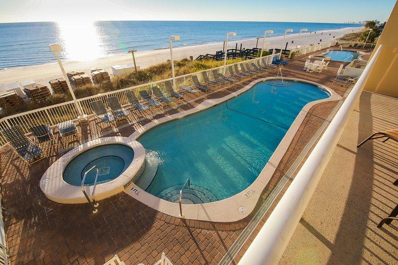 Large 3BR/2BA/10ppl Oceanfront Condo! Low Floor! Huge Balcony! Family-Friendly! - Image 1 - Panama City Beach - rentals