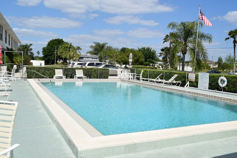 Community Pool - Deep Creek Townhouse In Paradise - Florida South Central Gulf Coast - rentals