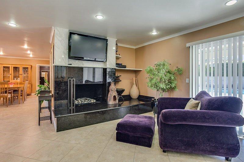 Marble Encased Fireplace - Burton Sunrise - Palm Springs - rentals