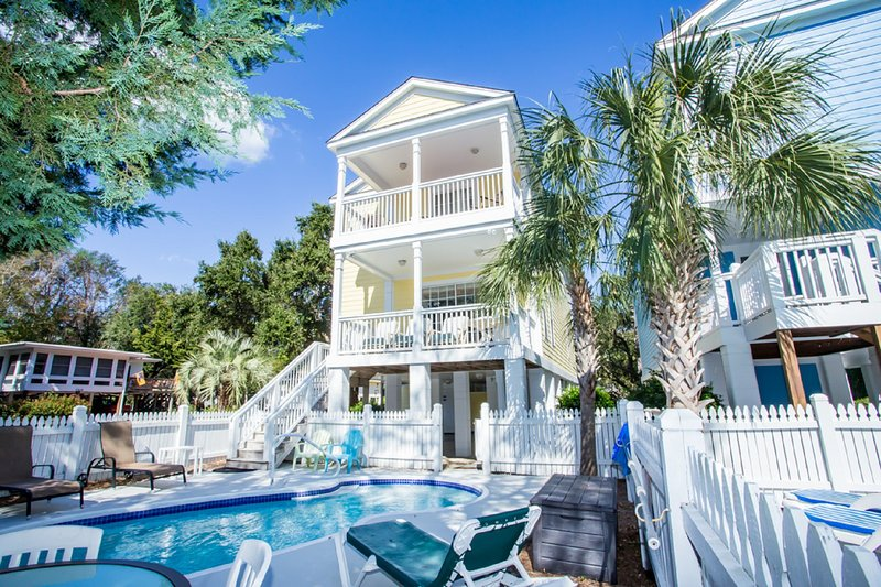 Tranquil and tropical - life at Taylor Made II! - Taylor Made II 5BR - Reserve 2017 Weeks Now! - Surfside Beach - rentals
