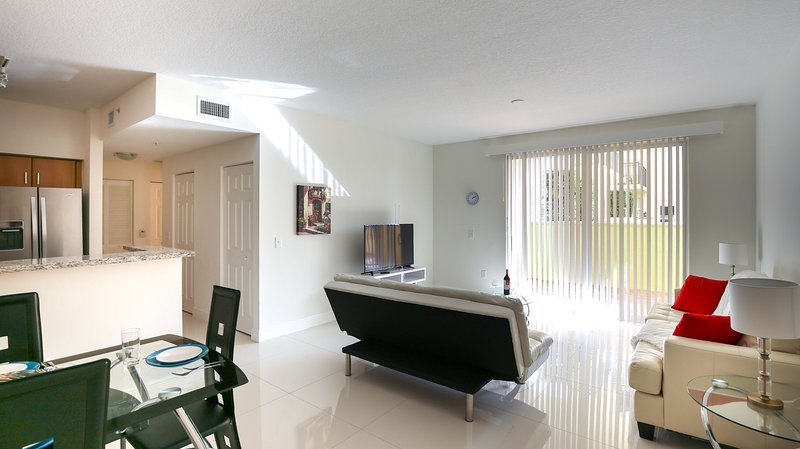 Coral Gables 1 bedroom Furnished Suite - Walk to Merrick Park - Image 1 - Coral Gables - rentals