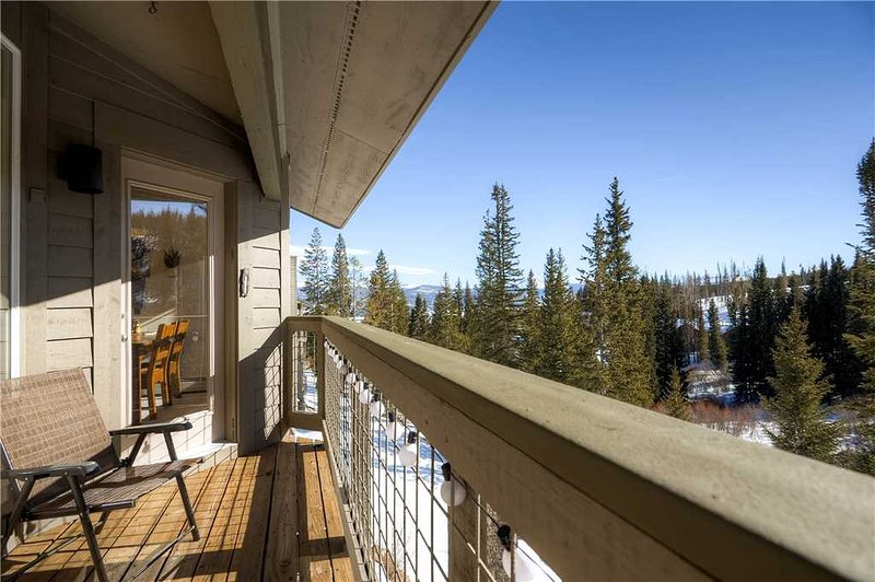 3 BR/ 3 BA, Dream Giver, secluded mountain retreat for 8+ - Image 1 - Silverthorne - rentals