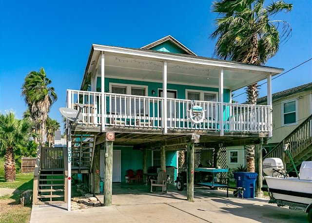 Welcome to Rocks Resort - Rock's Resort: Close to Town, Pets, 3 bed/3 bath, Parking - Port Aransas - rentals