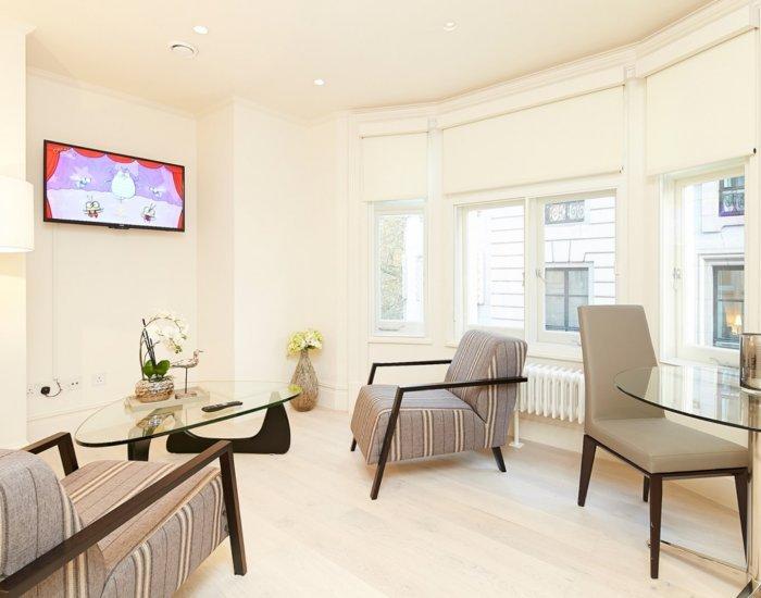 Slick 1 Bedroom Apartment in Covent Garden - Image 1 - London - rentals