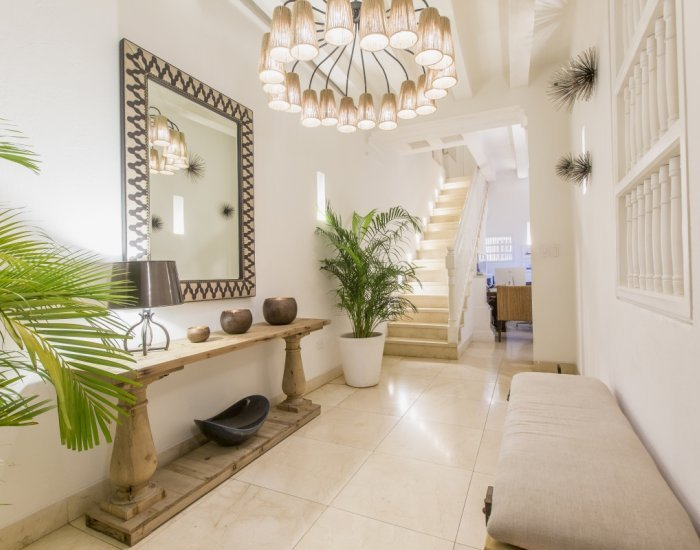 Stylish 7 Bedroom Mansion in the Old Town - Image 1 - Cartagena - rentals