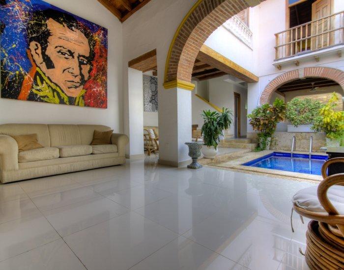 Radiant 3 Bedroom Home in Old Town - Image 1 - Cartagena - rentals