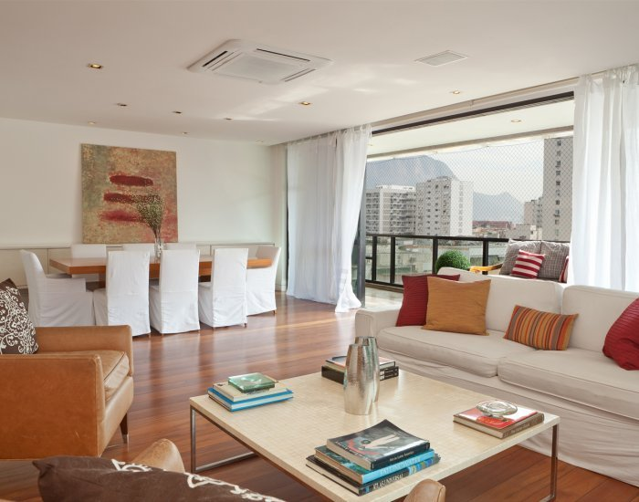 Vibrant 3 Bedroom Apartment Nestled in Leblon - Image 1 - Rio de Janeiro - rentals