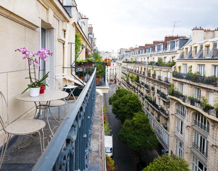 Delightful 2 Bedroom Apartment in Louvre - Image 1 - Paris - rentals