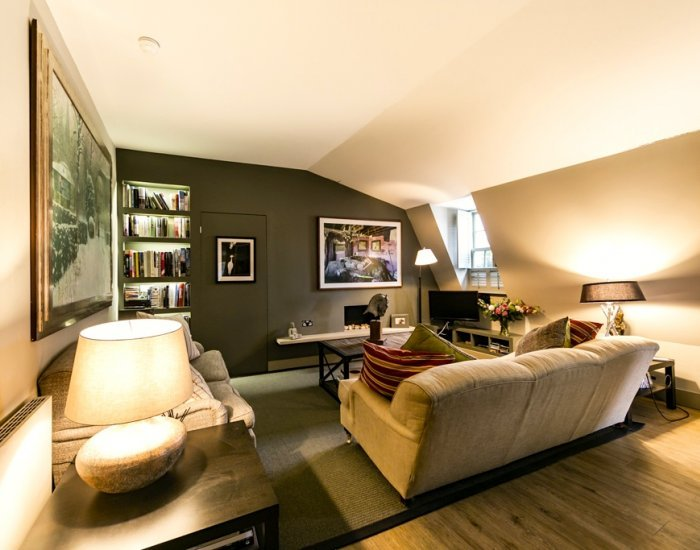 Spectacular 2 Bedroom in Waterloo - Image 1 - London - rentals