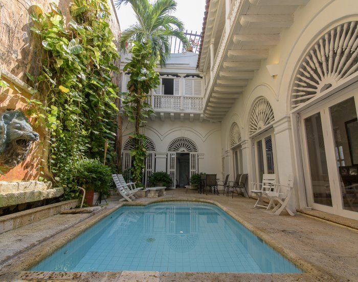 Cozy 3 Bedroom Home  with shared pool  in Old Town - Image 1 - Cartagena - rentals