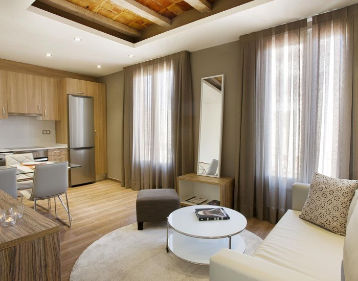 Barcelona - Mila Virreina - Living Room - Modernist 2 Bedroom Apartment in Gracia - Barcelona - rentals