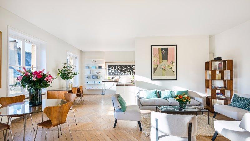 Elegant Three Bedroom Apartment in Saint Germain - Image 1 - Paris - rentals