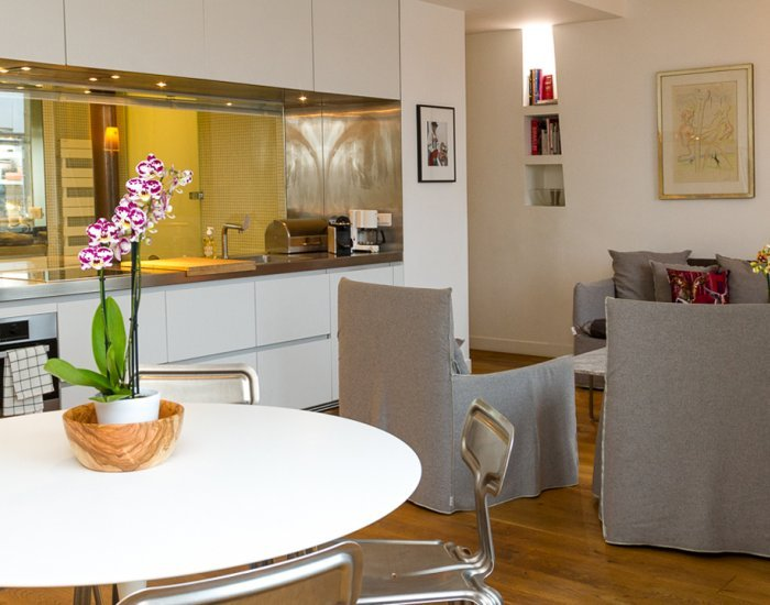 Ultra Stylish 2 Bedroom Apartment Overlooking the Louvre - Image 1 - Paris - rentals