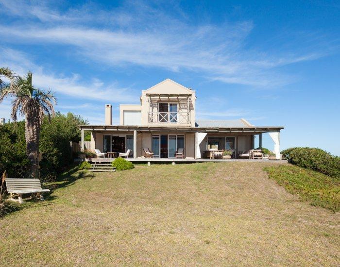 Perfectly Located 4 Bedroom Home in Jose Ignacio - Image 1 - Manantiales - rentals