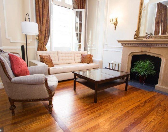 Buenos Aires - Palacio Renoir - Living Room - Classic 2 Bedroom Apartment in Recoleta - Buenos Aires - rentals