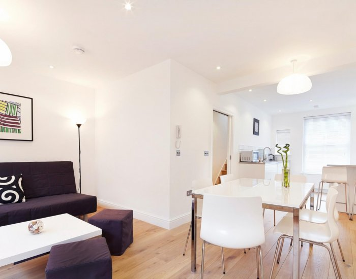 Ultra-Sleek 2 Bedroom Apartment in Covent Garden - Image 1 - London - rentals